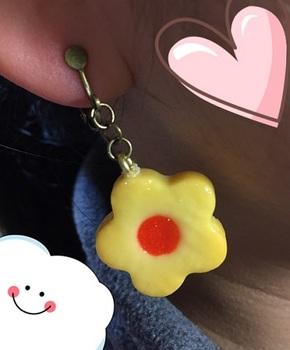 お花クッキーのイヤリング3.jpg
